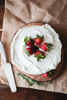 angel food cake // the little red house