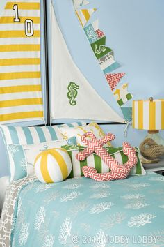 Pillows make the world a better place—especially when they're made with our ready-for-anything duck cloth!