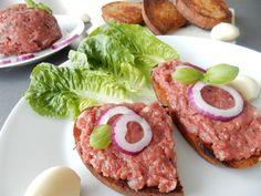 Luxusní tatarák z hovězí svíčkové - Recepty pro každého Salmon Burgers, Natural Health, Ham, Food And Drink, Healthy Recipes, Diet, Cooking, Breakfast, Ethnic Recipes