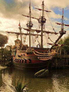 Captain Hook's ship, Disneyland Paris