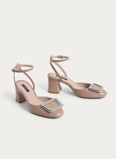 Buckled leather slingback shoes - Heel Shoes - Footwear - Uterqüe United Kingdom