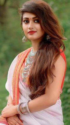 Beautiful Girl In India, Beautiful Girl Photo, Most Beautiful Faces, Cute Beauty, Beauty Full Girl, Beauty Women, Beautiful Bollywood Actress, Most Beautiful Indian Actress, Long Indian Hair