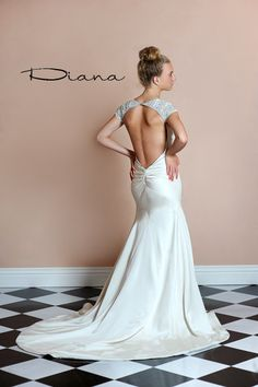 Stephanie_James_Couture_Diana_Back