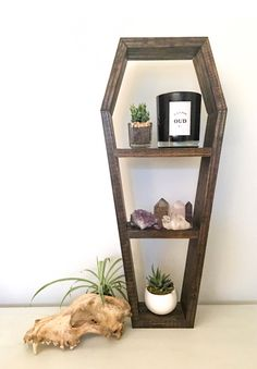 http://sosuperawesome.com/post/152043035507/crystal-shelves-from-the-araehandcrafts-etsy-shop