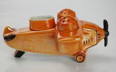 ... Deco Lustreware Unusual Airplane Salt & Pepper Shaker Set -Lustreware
