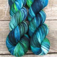 Deep ocean blue fades into sky, while green mountains stretch into bright clouds. While we call this a ‰Û÷Repeatable Babette‰۪, every skein and every batch is a bit different. Keira Keira is a heavy f