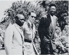 Belgian colonial monarch king Baudouin (center) with the King Kigeli V of Rwanda (right)