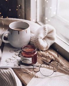Moodboard Source by Alltagsfeierin Source by Alltagsfeierin … Coffee Photography, Winter Photography, Cozy Aesthetic, Autumn Aesthetic Tumblr, Autumn Tumblr, Autumn Cozy, Autumn Fall, Autumn Leaves, Cosy Winter