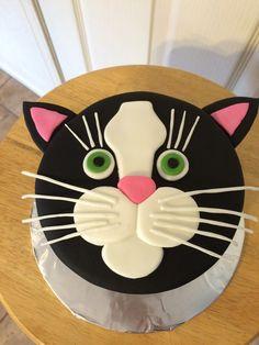 Cake Decorating With Fondant, Cake Decorating Techniques, Cake Decorating Tutorials, 2 Birthday Cake, Cat Birthday, Kitten Cake, Cat Cakes, Beautiful Birthday Cakes, Animal Cakes