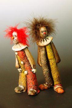by robin power [clown sculpture]