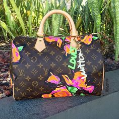Blooming with Louis Vuitton! Call us at 813-258-8800 if you would like to purchase before they go online! #louisvuitton #lvlimitededition #stephensprouse #lvspeedy #happyspring #fashion #luxury #trendy #lvkeychain #bagsofTPF #purselover #purseblog #moshposhfinds #mymoshposh #designerconsignment