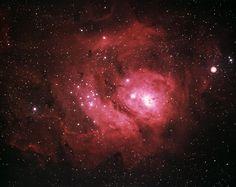 NGC 6523 (M8), гигантское межзвездное облако и область ионизированного водорода (разновидность эмиссионной туманности), туманность Лагуна в созвездии Стрельца