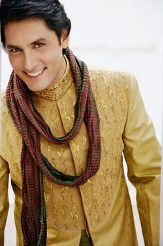 A dream outfit for the wedding day can make the couple the most attractive and talked about element of the day. Traditionally, the style of clothing you will wear depends on which Indian region you belong to, and the shopping will be best undertaken in that part of India.