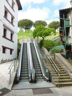 neil harkness @neil_harkness No need to walk in Hondarribia @BrittanyFerries #DiscoverWithBF