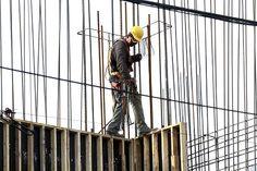 """Mantiene Nuevo León liderazgo en construcción en México   El """"boom"""" de la construcción en Nuevo León, ha llevado a la entidad a ser líder nacional en cuanto al valor total de la obra construida hasta el mes de ...   https://sites.google.com/a/peccsa.com/noticiasacero/student-of-the-month/mantienenuevoleonliderazgoenconstruccionenmexico"""