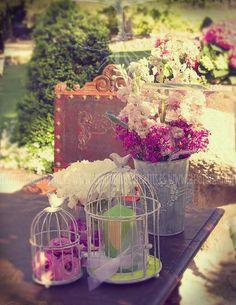 Flores para bodas al aire libre.