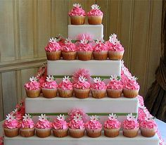 Wedding Cake and Cupcake Decorating Ideas cup-cake-towers lovable-food foodstuff-i-love lol-or-at-least-to-my-twisted-mind Diy Wedding Cupcakes, Cupcake Tower Wedding, Themed Cupcakes, Wedding Cake Designs, Wedding Ideas, Fondant Cupcakes, Fun Cupcakes, Cupcake Cakes, Cup Cakes