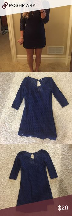 Quiksilver navy blew Dress *Rarely worn* quicksilver navy blue dress with slip underneath. Size XS Quiksilver Dresses Mini