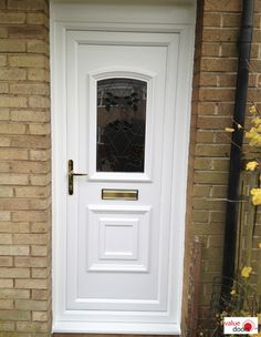 uPVC Doors fitted by Value Doors come in over 170 different styles. White uPVC Front Doors are incredibly popular thanks to their price. Click the link to get a new uPVC Door today! Upvc Porches, Upvc French Doors, Doors Online, Composite Door, White Doors, Back Doors, Modern, Entryway, Popular
