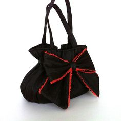Black handbag with bow by Sisoibags