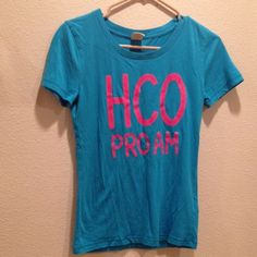 Blue t-shirt. Blue Hollister T-shirt. Perfect condition. Size M. Hollister Tops Tees - Short Sleeve
