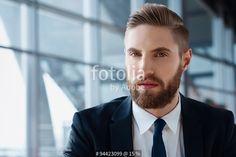 """""""Young businessman with hipster beard looking confident at camera"""" Fotos de archivo e imágenes libres de derechos en Fotolia.com - Imagen 94423099"""