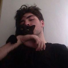 Image about boy in Grunge by Jacqueline Sánchez Remy Lebeau, Men With Cats, Alec Lightwood, Cat Aesthetic, Wattpad, Boys Who, Teen Wolf, X Men, Character Inspiration