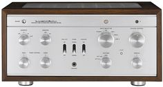The Luxman 38 vacuum tube amplifier. One of the great classic tube amps from Japan. And the exterior is virtually unchanged since it was introduced in 1964 Hifi Audio, Stereo Speakers, Valve Amplifier, Audio Engineer, Audio Room, High End Audio, Sound & Vision, Vacuum Tube, Audio System