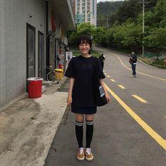 Cô bạn Hàn Quốc với nụ cười má lúm làm xiêu lòng mọi chàng trai - Ảnh 12. Asian Haircut, A Love So Beautiful, Korean Street Fashion, Asian Style, Tomboy, Korean Actors, Ulzzang, Eye Candy, Hair Cuts