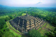 Borobudur Budist Tapınağı - Endonezya