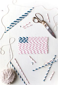 fourth of july necklaces made of paper straws