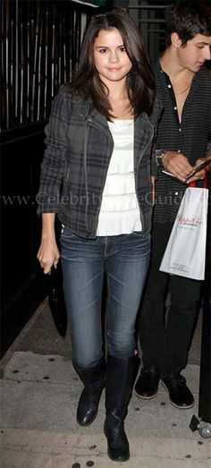 Selena Gomez Style and Fashion - AG Adriano Goldschmied Tomboy Boyfriend Jeans - Celebrity Style Guide