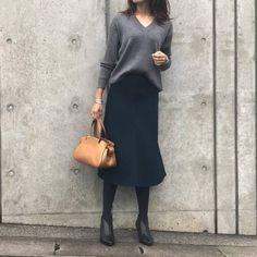 PONTEの記事「大人女子必見!ネイビーで醸し出す大人の雰囲気♡」。今話題のファッションやトレンド情報をご覧いただけます。ZOZOTOWNは人気ブランドのアイテムを公式に取扱うファッション通販サイトです。