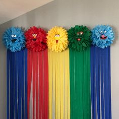 From PartySparkles on Etsy: Custom Party Decorations & Party.-From PartySparkles on Etsy: Custom Party Decorations & Party Supplies See more from this shop on Etsy, a global marketplace of creative businesses. School Decorations, Balloon Decorations, Birthday Party Decorations, Balloon Ideas, Paper Flowers Craft, Flower Crafts, Paper Crafts, Diy Crafts, Preschool Crafts
