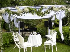 chuppah for the interfaith jewish wedding of agnes franck houpa pour le mariage mixte - Wedding Planner Mariage Mixte