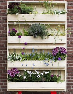 Patio Garden Wall Made From Pallets