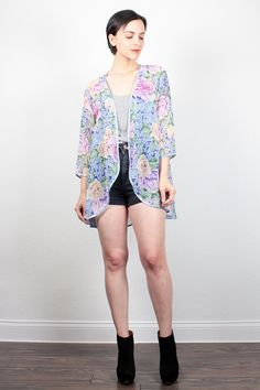 Vintage Pastel Floral Robe Sheer Draped Duster Jacket 1980s Lightweight Summer Jacket Sheer Kimono Jacket 80s Short Lingerie Robe S M L XL #1980s #80s #pastel #floral #etsy #vintage #kimono #duster #sheer #floral #robe #jacket