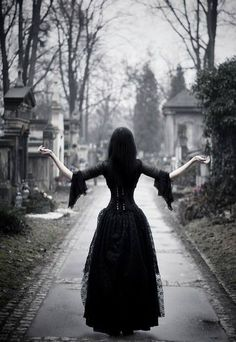 Perla-Marina in the Royal Graveyard *Bleed