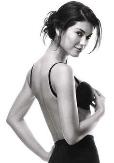 Maidenform Women's Breakthrough Backless Bra, Body Beige, 38DD Maidenform,http://www.amazon.com/dp/B0012814B8/ref=cm_sw_r_pi_dp_8h9Etb0X8MKFQXGF