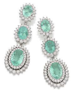 Talento - Brinco gotas oura branco com diamantes e turmalinas paraíba - Paraíba tourmaline and diamond earrings set in white gold.