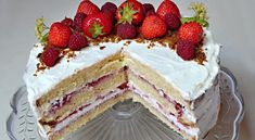 Cherry and pistachio mini-cakes - HQ Recipes Nake Cake, Snack Recipes, Snacks, Cake Pans, Mini Cakes, Pistachio, Quick Easy Meals, Vanilla Cake, Cheesecake