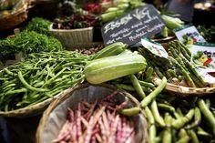 Snack your way around Borough Market   18 Splendid Foodie Dates In London