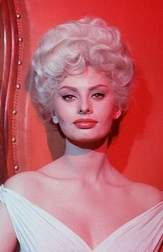 Pictures & Photos of Sophia Loren - IMDb
