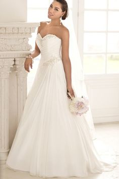 2016 New Arrival Sweetheart A Line Chiffon With Ruffles And Applique Court Train Wedding Dresses