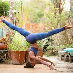 """""""Your soul is your best friend. Treat it with care, nurture it with growth, and feed it with love."""" ~ Ashourina Yalda ✨✨ #yogapose : @koyawebb via @yogachannel"""