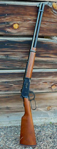Mossberg 464 - Lever Action Rifle 30-30. Patterned after the Winchester 1894 lever action rifle. http://riflescopescenter.com/category/barska-riflescope-reviews/