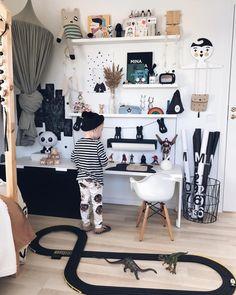"Gefällt 245 Mal, 5 Kommentare - Kids Decor / Nursery Decor (@nurserydecor) auf Instagram: ""Beautiful corner!!! Thanks for the tag @peplumaria """