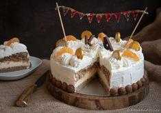 Sinterklaastaart met sinaasappelbavarois - Keukenatelier Cake Cookies, Cupcake Cakes, Baking Bad, Food Inspiration, Baked Goods, Cake Recipes, Biscuits, Deserts, Food And Drink