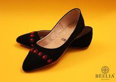 Hand embroidered Shoes / Zapatos bordados / Flats / Ethnic Shoes / Punto de Cruz.