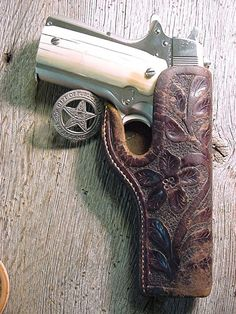 Badge and pistol of a Texas Ranger 1911 Holster, 1911 Pistol, Gun Holster, Leather Holster, Colt M1911, Revolvers, Texas Rangers Law Enforcement, Cowboy Holsters, Texas Cowboys